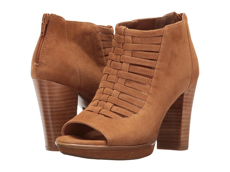 Sofft Renita (Golden Tan King Suede) High Heels
