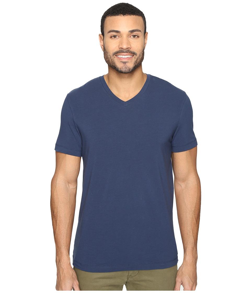 Kenneth Cole Sportswear - Short Sleeve V