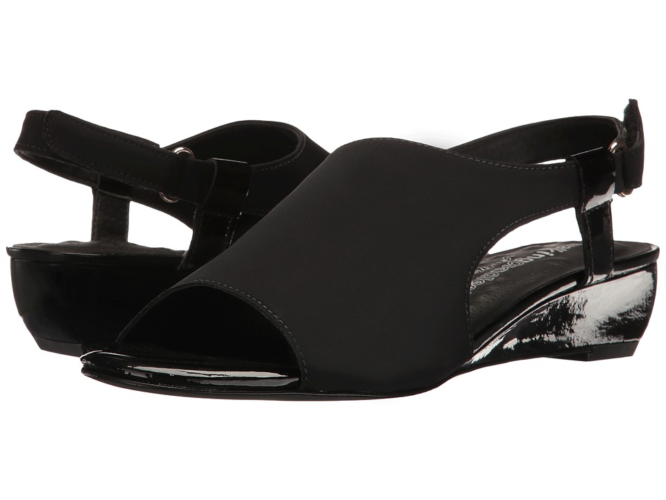 Walking Cradles Daphne (Black Micro/Black Patent) Women