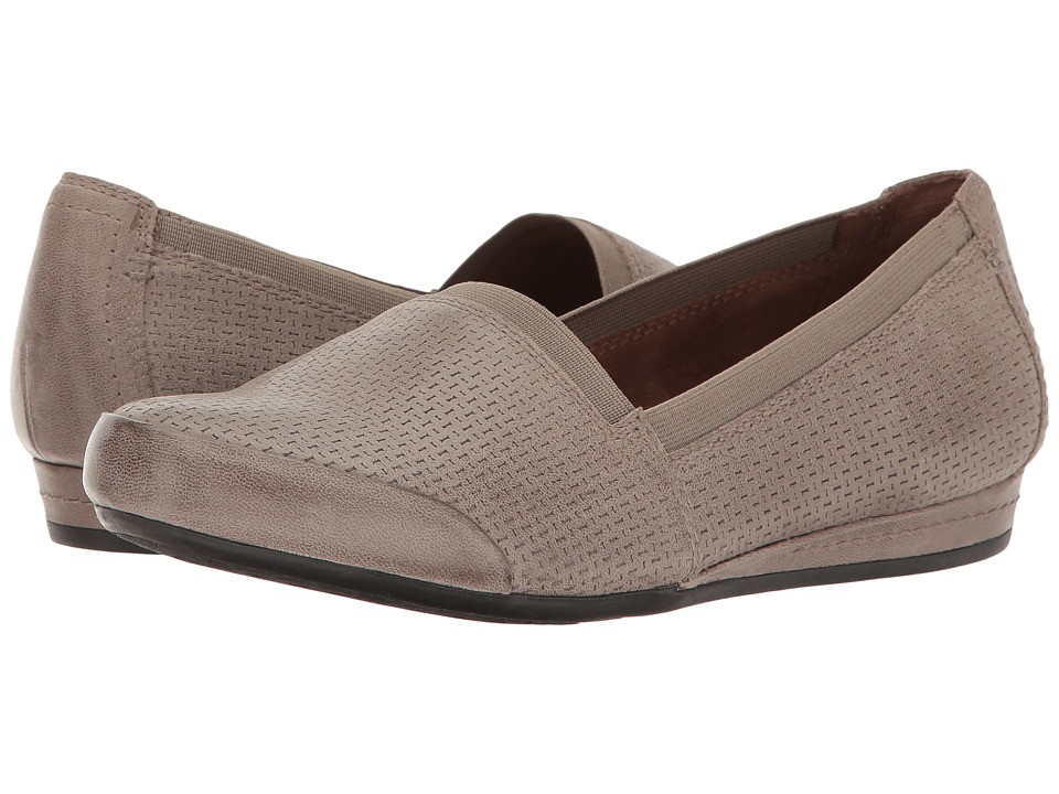 Rockport Cobb Hill Collection Cobb Hill Galway Perforated Gigi (New Khaki Nubuck) Women