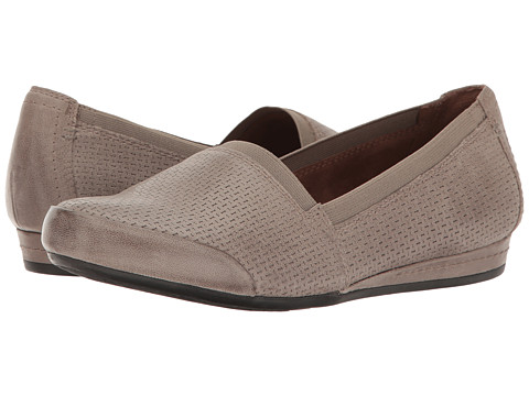 Rockport Cobb Hill Collection Galway Perforated Gigi - New Khaki Nubuck