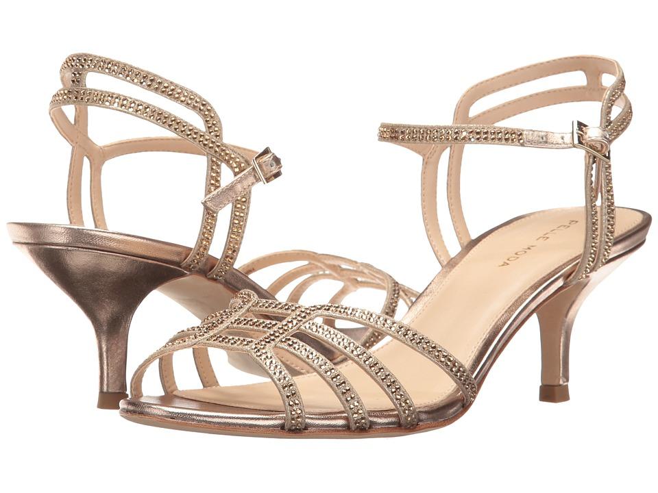 Pelle Moda Alia (Platinum Gold Metallic Suede) Women