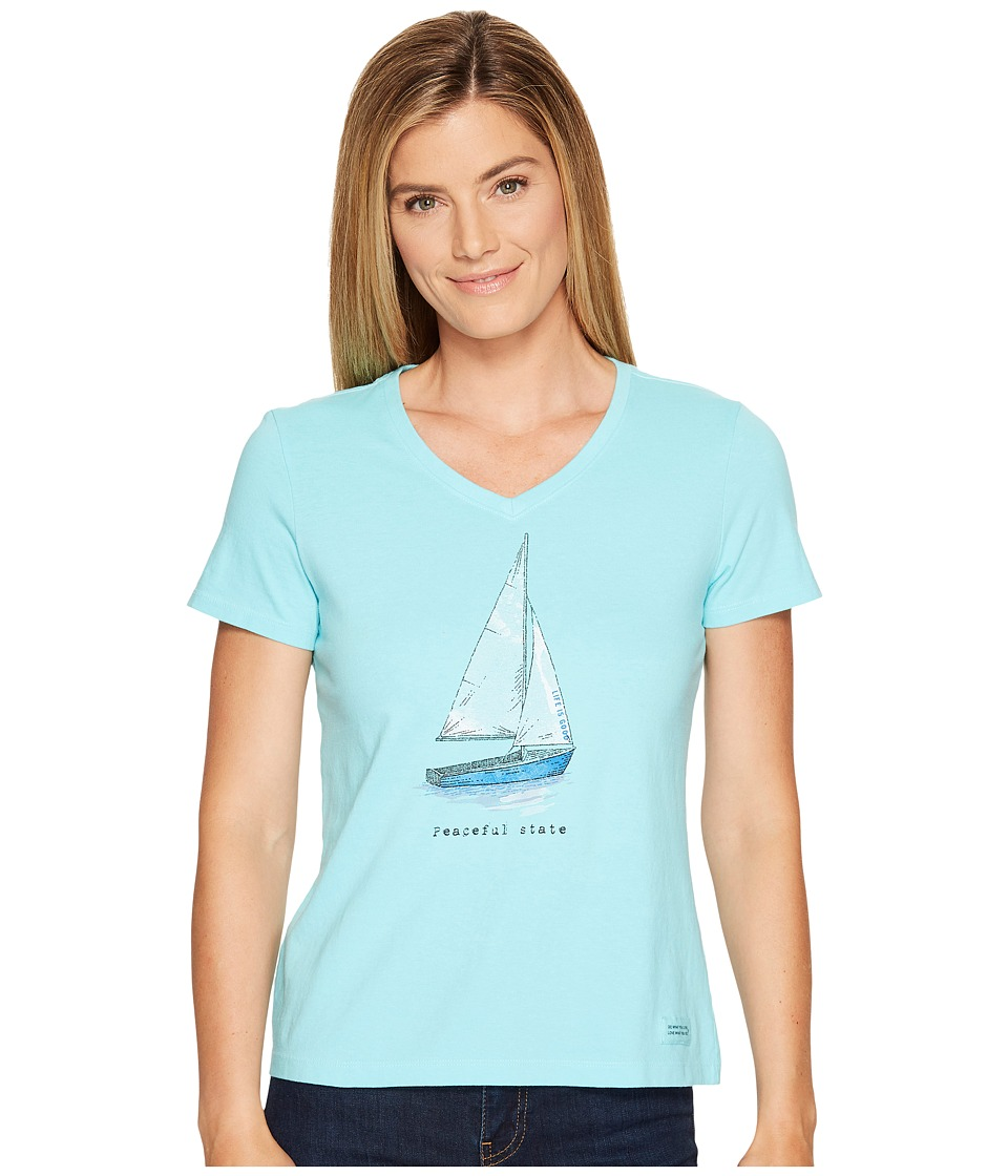 Life is Good Peaceful Sailboat Crusher Vee (Fresh Blue) Women