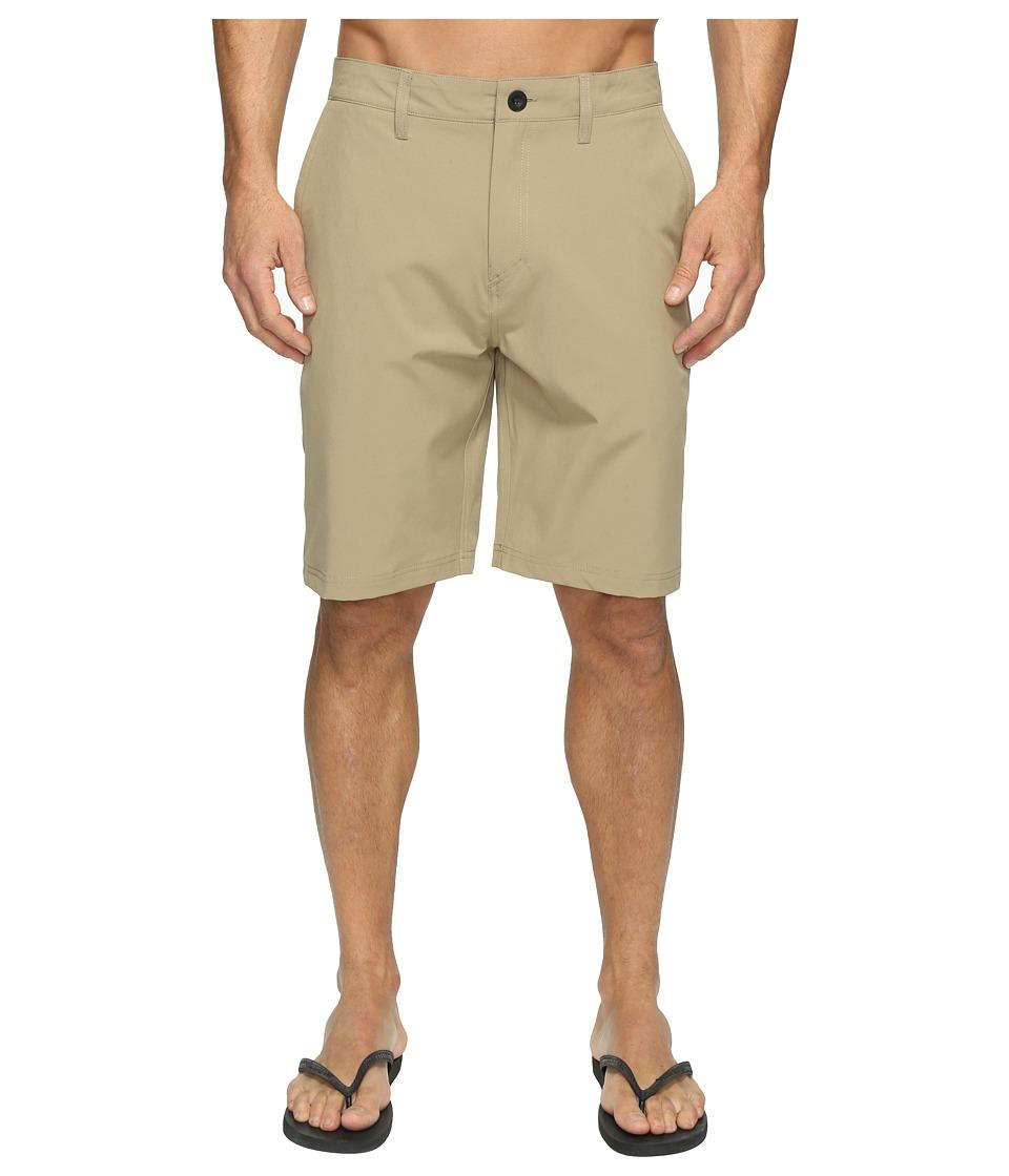 Quiksilver Solid Amphibian 21 Hybrid Shorts (Elmwood) Men