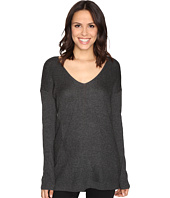 HEATHER - V-Neck Stria Sweater