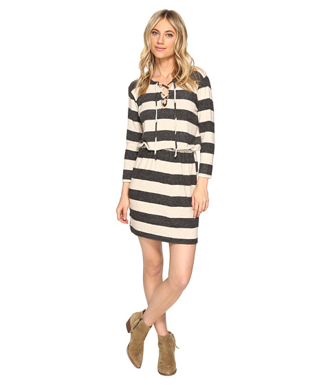 Culture Phit Mabel Tie-Up Long Sleeve Sweater Dress