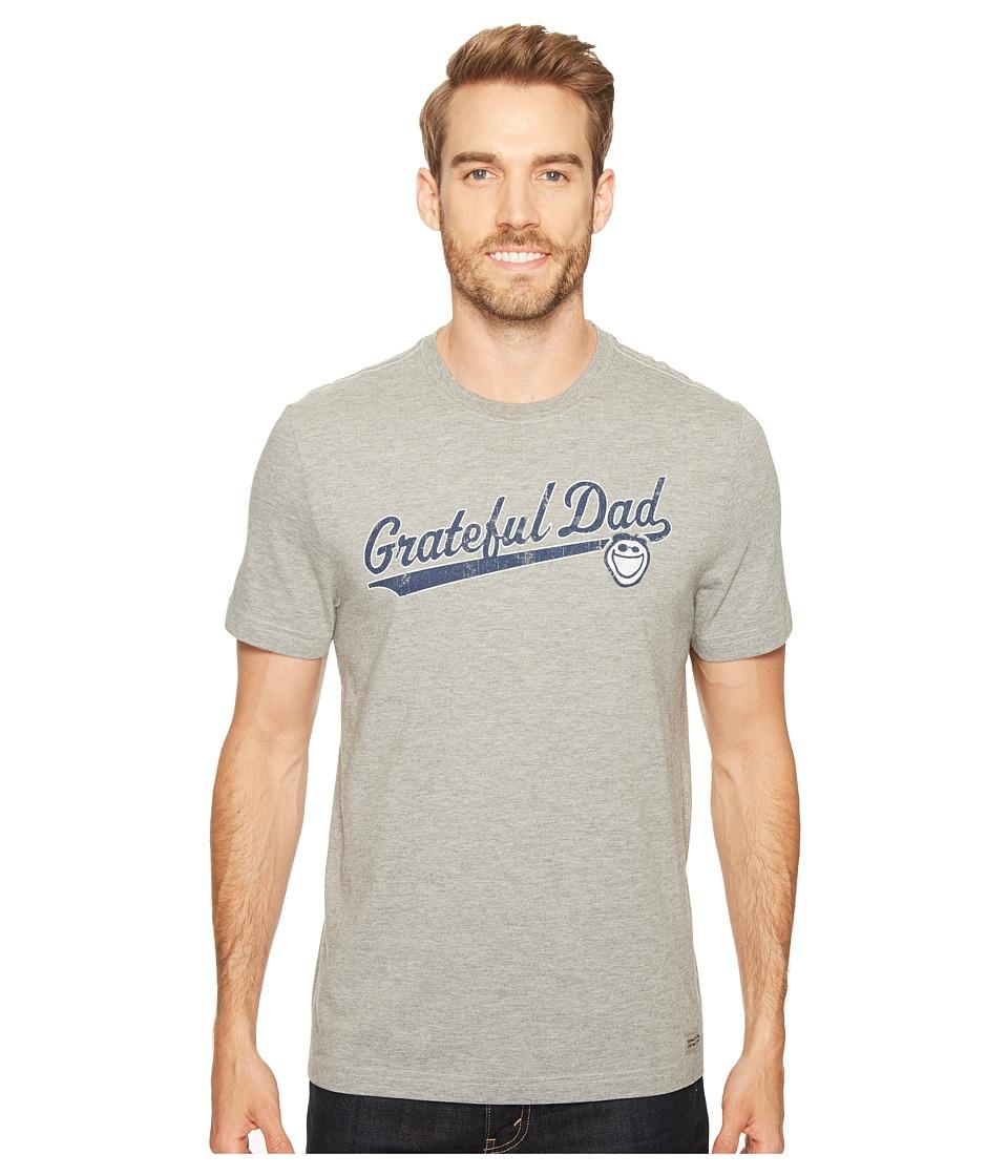 Life is Good Grateful Dad Script Crusher Tee (Heather Gray) Men
