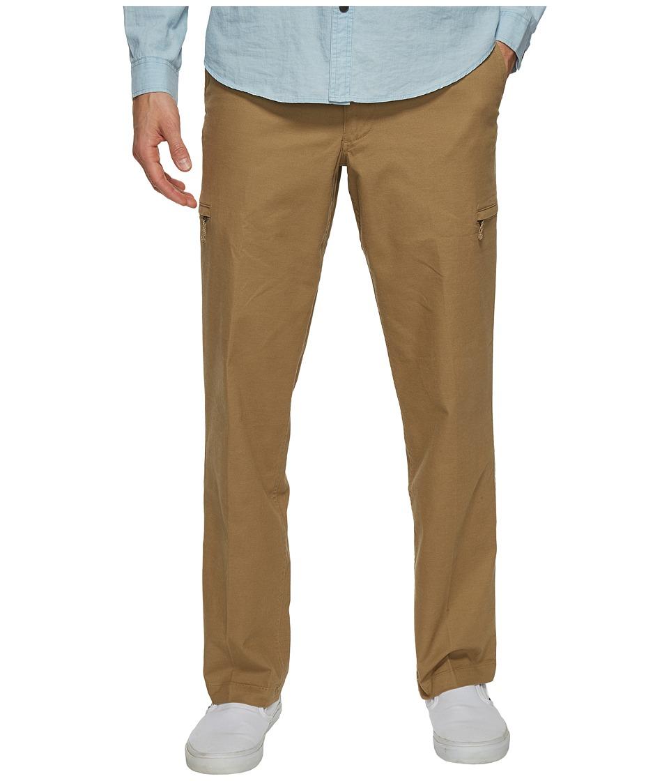 Dockers Standard Utility Cargo Pants (British Khaki) Men