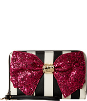 Betsey Johnson - Bow-Lesque Large Zip Around