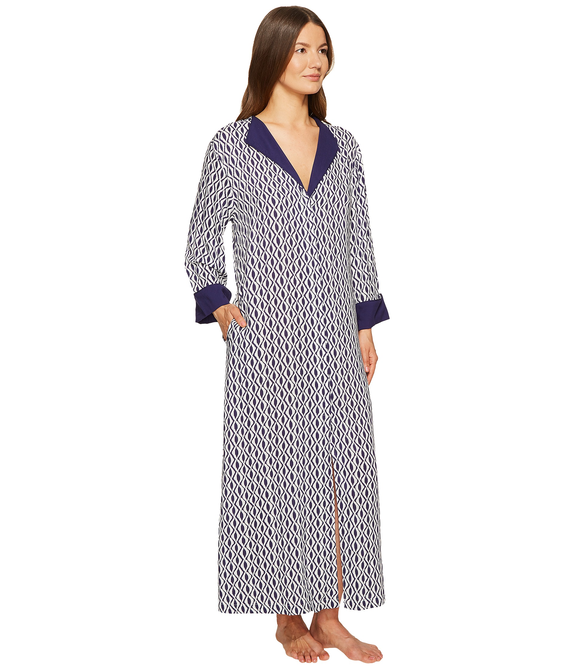 27063 together with Oscar De La Renta Pink Label Lace Trellis Long Robe moreover C3nsncpsb24qz2iqc2vjdxjlzgf0yspuzxr8dg95z3jvdhrvkm5ldhxtzxjjagfudg1hbmfnzxj8aw1hz2vzfhvwbg9hzhn8d2vkzgluzybsb25nigdvd24gcmvkide4ndrfmspkuec c3nsncpsb24qz2iqc2vjdxjlzgf0yspuzxr8dg95z3jvdhrvkm5ldhxtzxjjagfudg1hbmfnzxj8chjvzhvjdf9pbmzvknboch5wcm9kdwn0c19pzd0ymjmz as well 6cc976e6ecb64de88e7b54a1e8c4aa61 also 4. on oscar de la renta pink label sleepwear