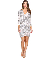 Calvin Klein - 3/4 Sleeve Printed Wrap Dress