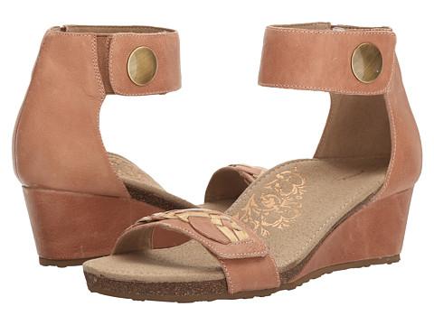 Aetrex Becca Ankle Strap Wedge - Blush