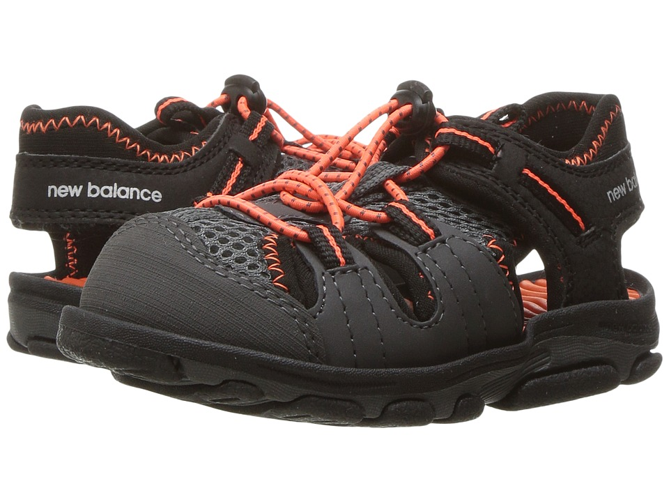New Balance Kids Adirondack Sandal (Toddler/Little Kid) (Black/Orange) Boys Shoes