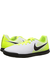 Nike Kids - Magista Ola II IC Soccer (Little Kid/Big Kid)