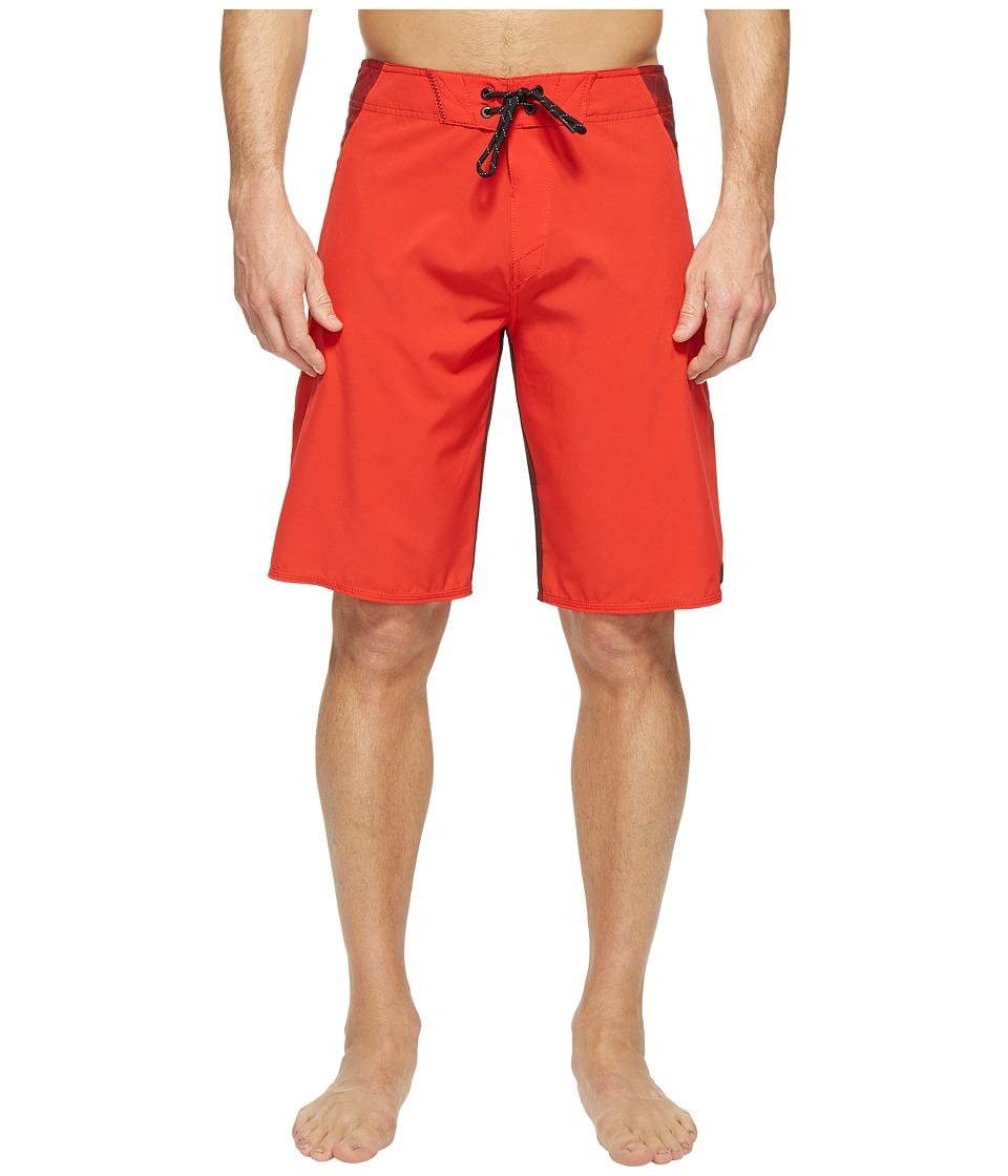 Oakley Sidetrack 21 Boardshorts (Red Line) Men