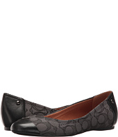 6PM:COACH蔻驰女款真皮平底鞋,原价$115,特价仅售$41.99