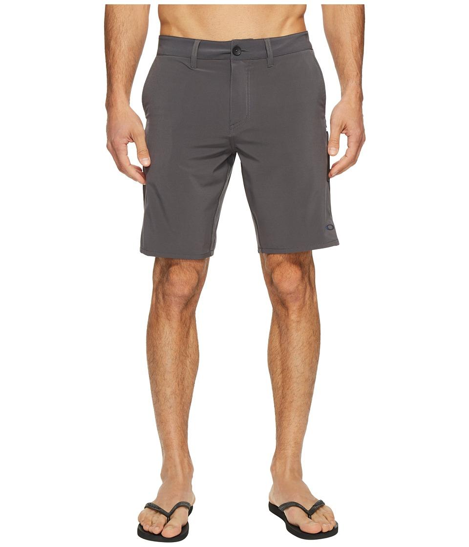 Oakley Icon Chino Hybrid Shorts (Forged Iron) Men