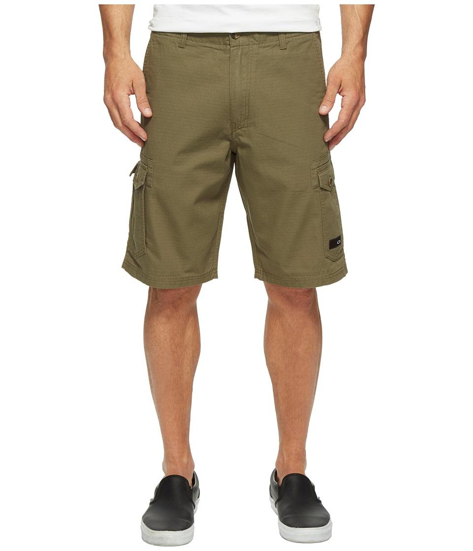 Oakley Foundation Cargo Shorts (Dark Brush) Men