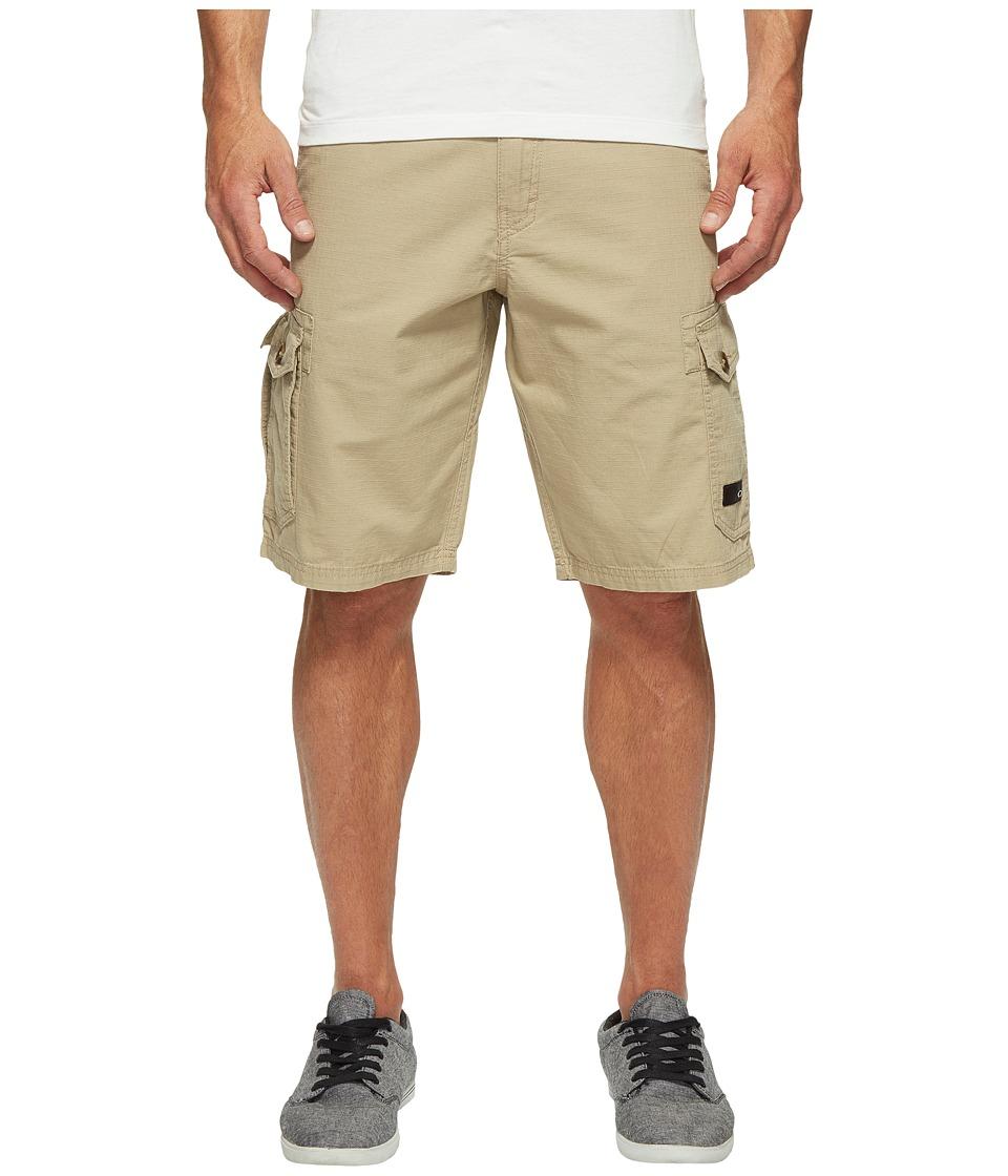 Oakley Foundation Cargo Shorts (Rye) Men