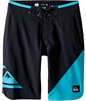 Quiksilver Kids - New Wave Everyday 18 Boardshorts (Big Kids)