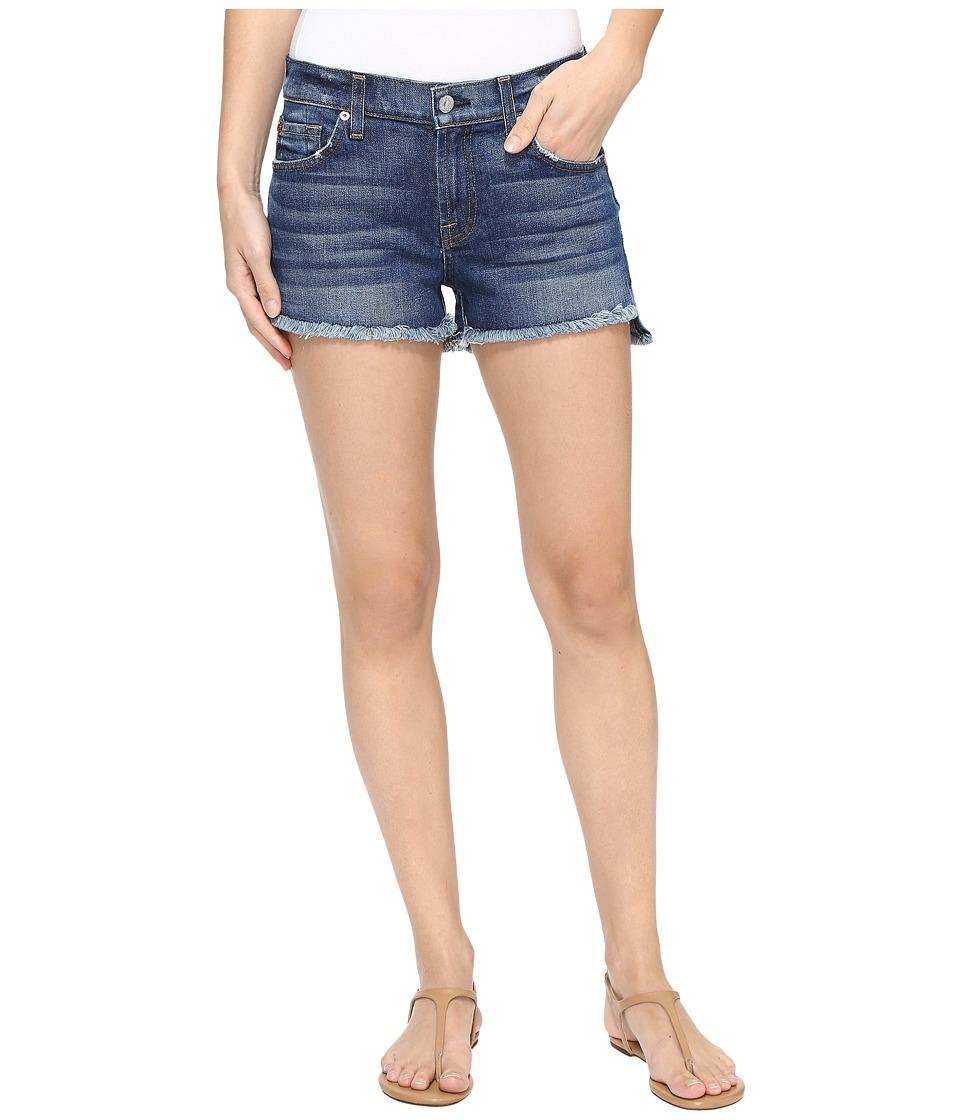 7 For All Mankind - Cut Off Shorts w/ Step Hem in Bondi Beach