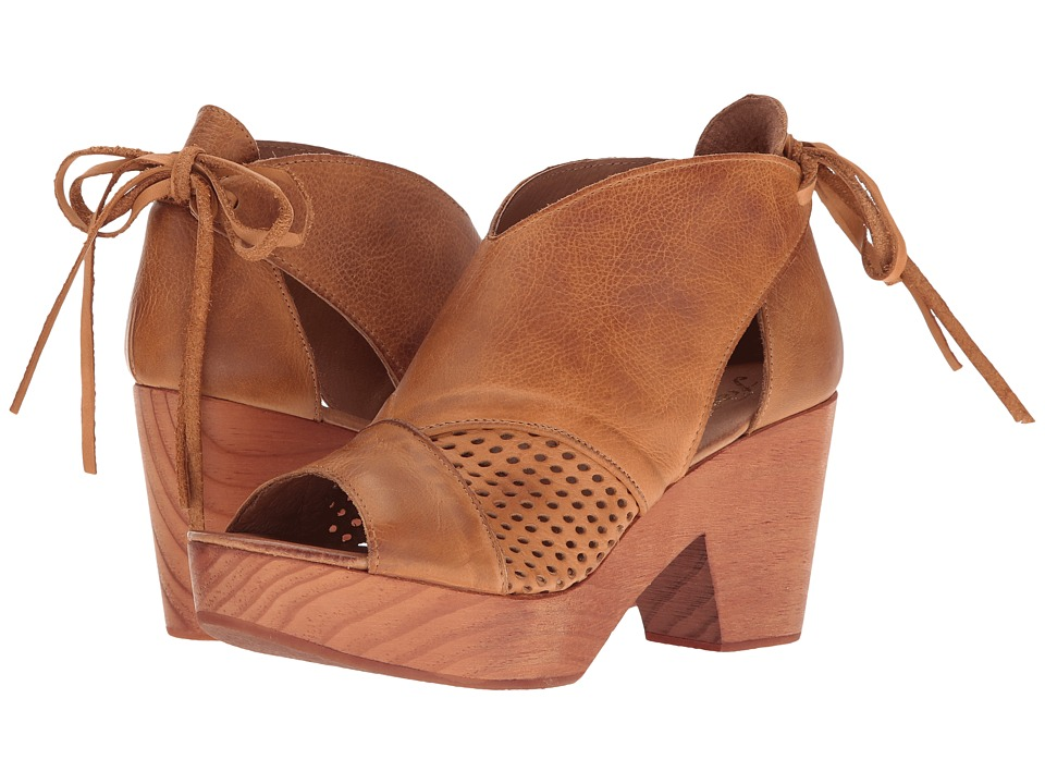 Free People Revolver Clog (Taupe) Women