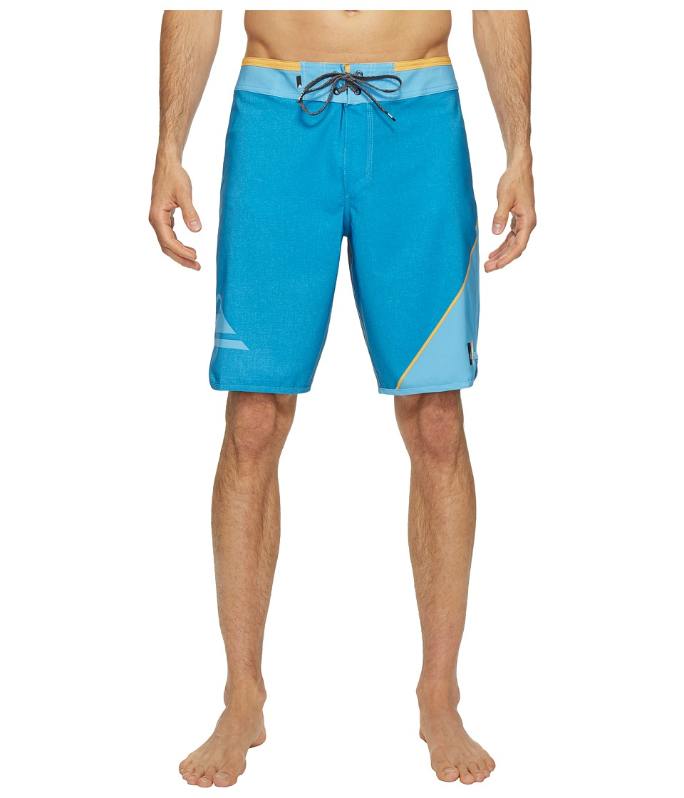 Quiksilver New Wave Everyday 20 Boardshorts (Bonnie Blue) Men
