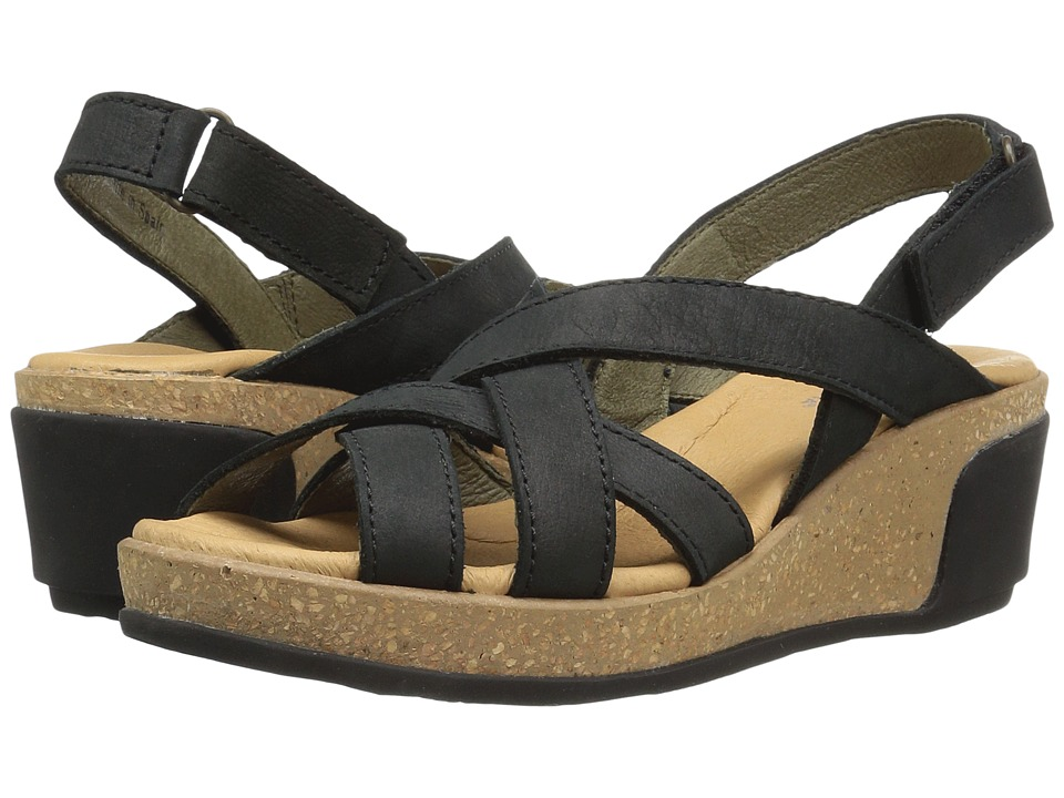 El Naturalista Leaves N5002 (Black) Women