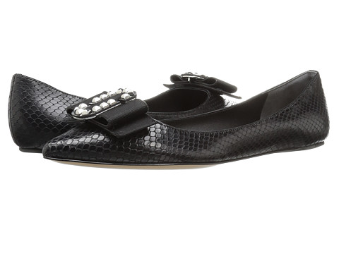Marc Jacobs Interlock Pointy Toe Ballerina - Black Leather/Gold