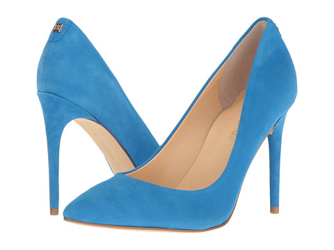 Put on your blue suede shoes like Ivanka. Ivanka Trump Kayden 4