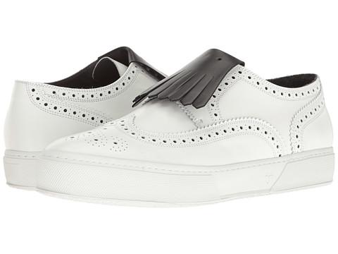 Robert Clergerie Tolka01N Kiltie Sneaker