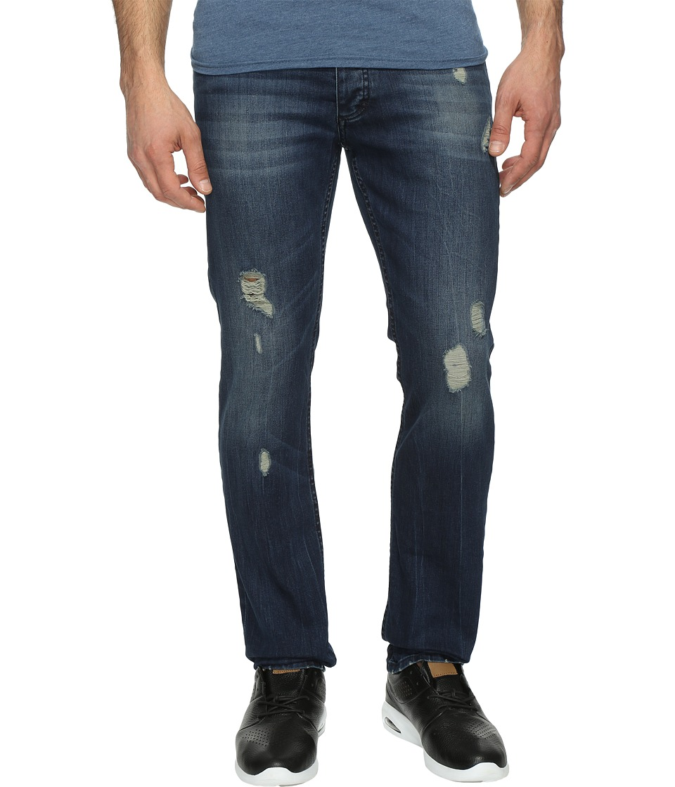 Calvin Klein Jeans Slim Fit Jeans in Abbott Kinney Destructed Wash (Abbot Kinney De) Men