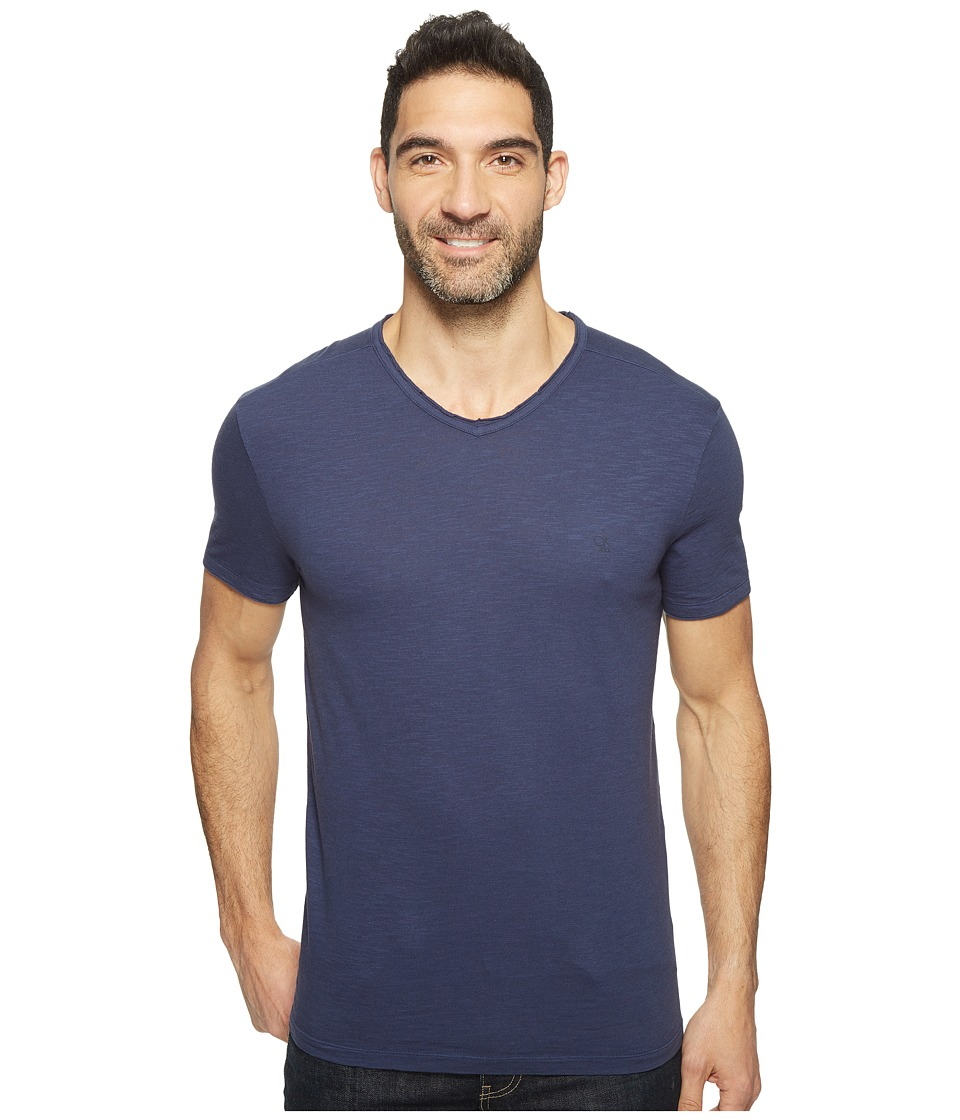 Calvin Klein Jeans Mixed Media V-Neck Tee (Classic Navy) Men