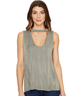 Culture Phit - Casei Sleeveless Keyhole Top