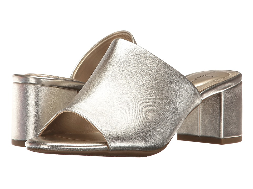 Bandolino Spars (Platino Metallic Nappa Synthetic) Women