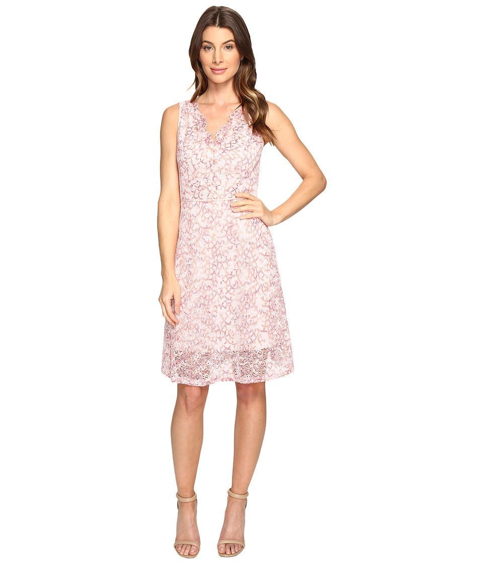 Adrianna Papell - Nautilus Ombre Lace Fit and Flare V-Neckline Dress