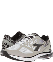 Diadora - Mythos Blushield Hip