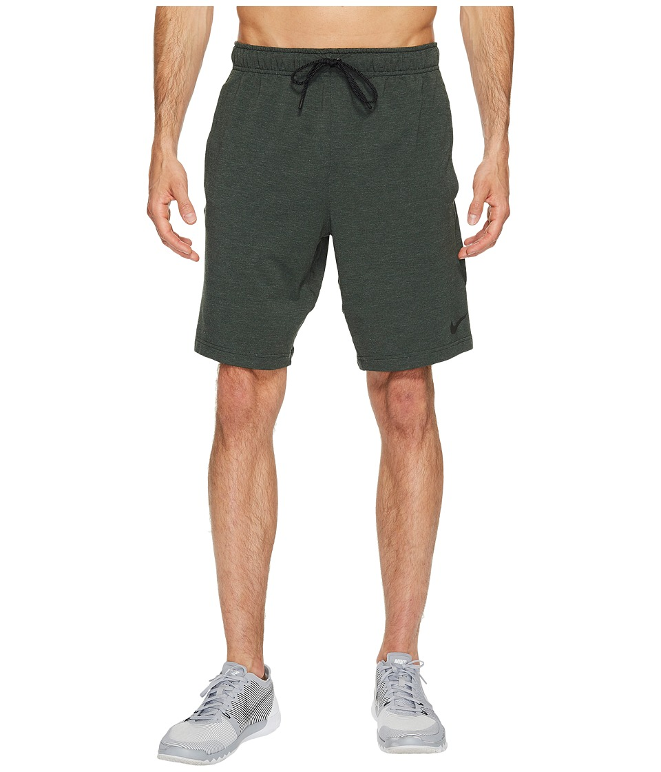 Nike Dri-FITtm Fleece Training 8 Short (Outdoor Green/Black) Men