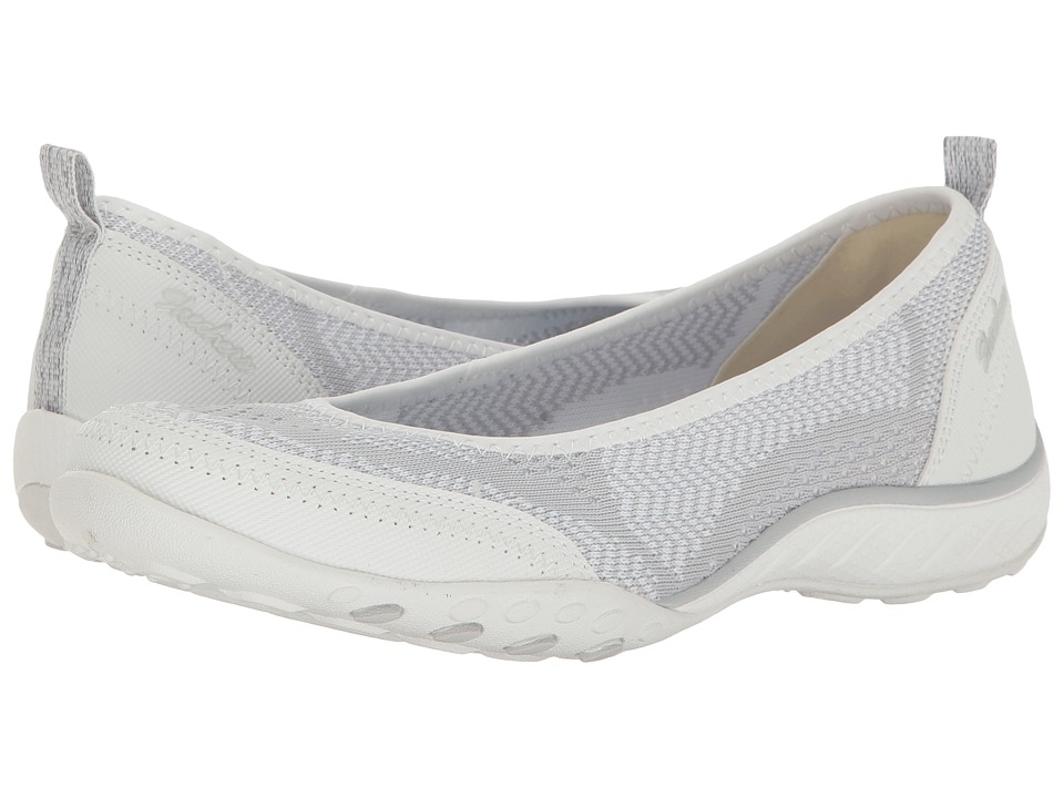 Skechers Breathe-Easy - Symphony (White/Gray) Women's Fla...