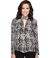 ROMEO & JULIET COUTURE - Snake Print Shirt with Keyhole Cut Out