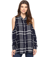 ROMEO & JULIET COUTURE - Long Sleeve Cold Shoulder Plaid Top