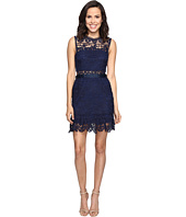 ROMEO & JULIET COUTURE - Sleeveless Lace Knit Dress