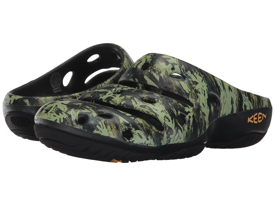 Keen - Yogui Arts (Camo Green) Womens Clog Shoes