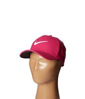 Nike Golf - YA Classic 99 Cap