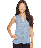 Vince Camuto Specialty Size - Petite Sleeveless Delicate Pebbles V-Neck Top with Seam