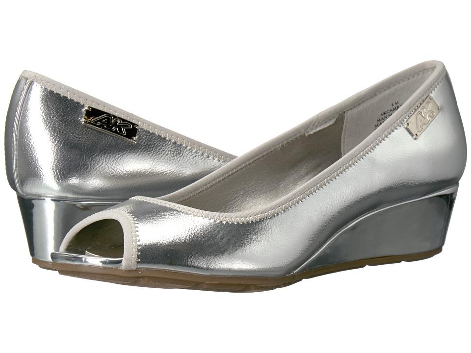 Anne Klein Camrynne (Silver/Silver Synthetic) Women