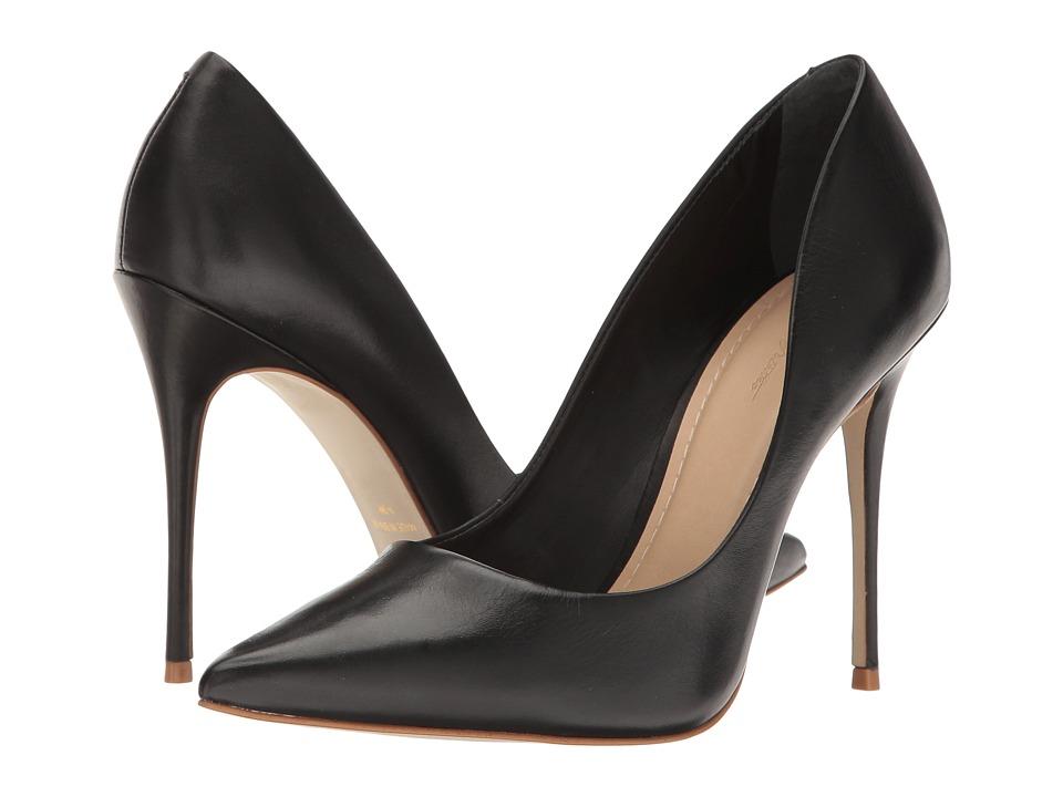 Massimo Matteo Pointy Toe Pump 17 (Black) Women's Shoes