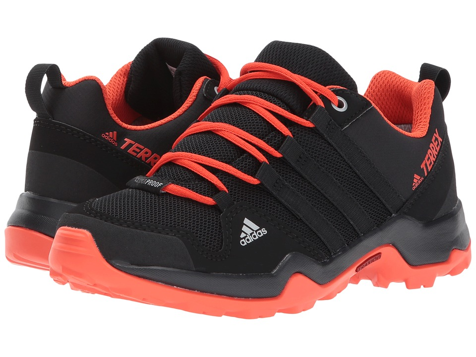 adidas Outdoor Kids Terrex AX2R CP (Little Kid/Big Kid) (Core Black/Core Black/Energy) Boys Shoes