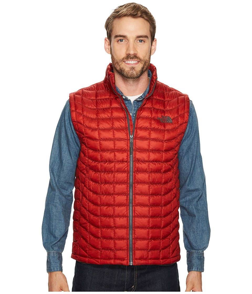 The North Face Thermoball Vest (Cardinal Red) Men