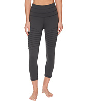 Lucy - Perfect Core Moto Capri Leggings